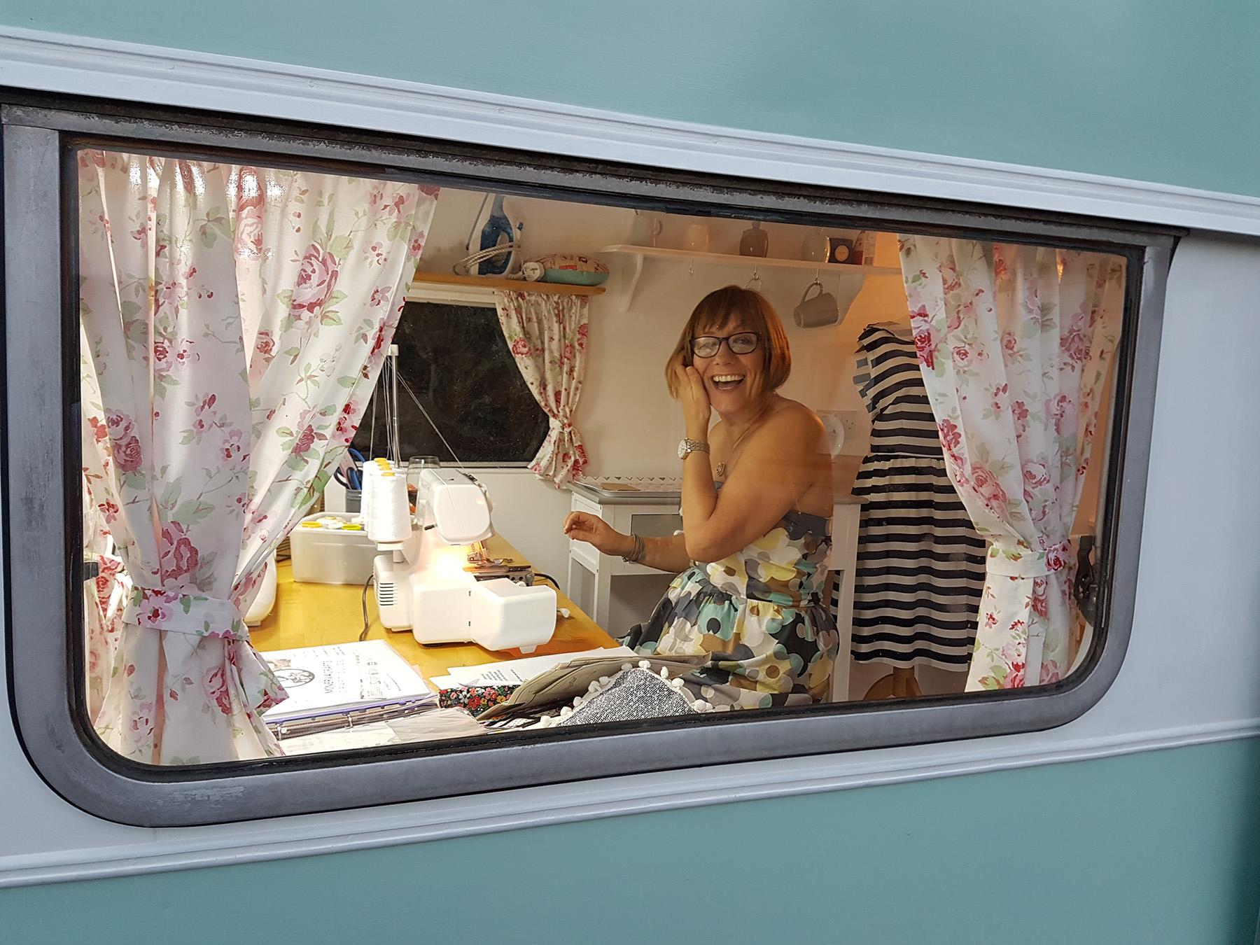 Sewing Room Ideas - Michaela\'s Sewing Caravan! - Makerist